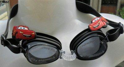 Очки для плавания Cars в коробке, в комплект входят беруши.