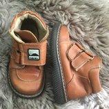 Детские кожаные ботиночки на 23 р , стелька 14,4 см