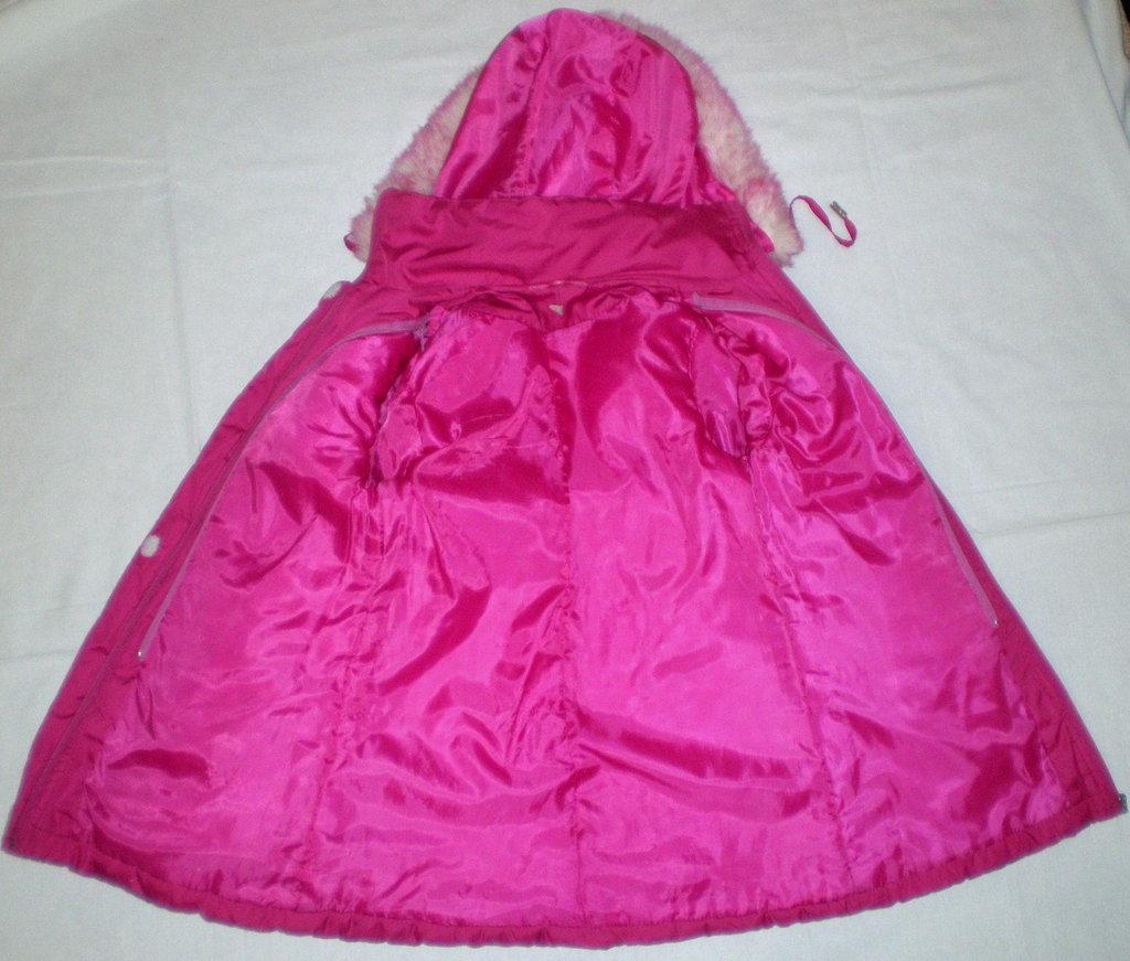 Детские комбинезоны и куртки на зиму