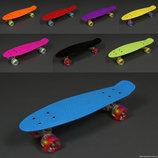 Скейтборд Penny board с алюминиевой подвеской. Коолёса светятся