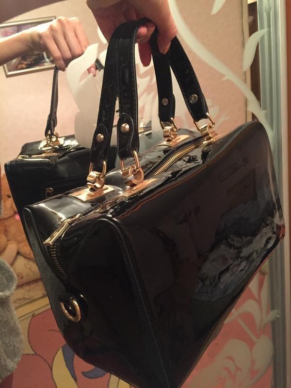 Лаковые женские сумки: купить лакированную сумку в