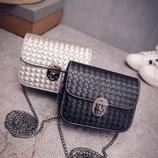 Стильная Fashion сумка-клатч на цепочке, с плетением В Наличии