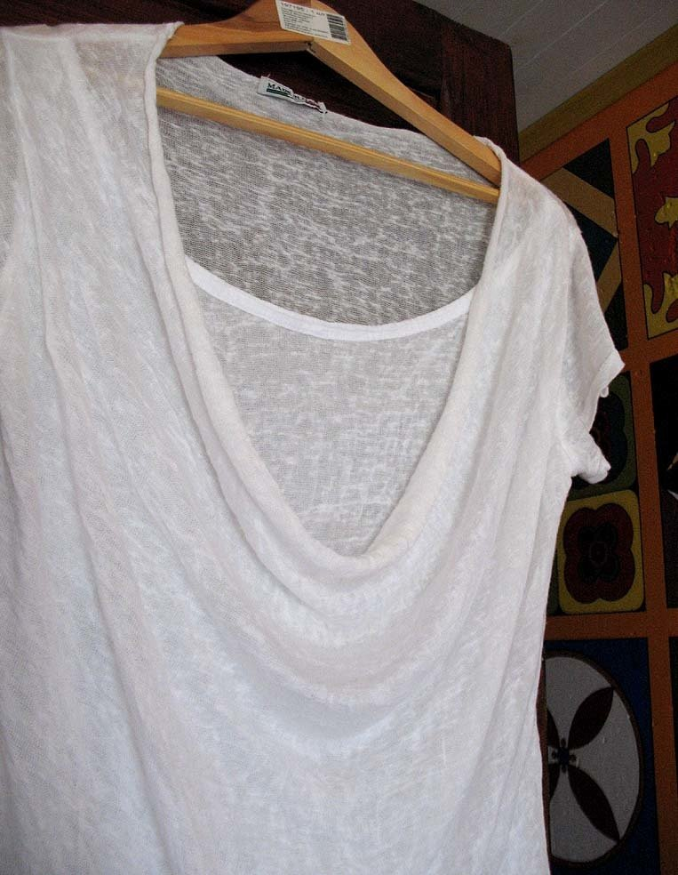 Блузка с водопадом