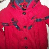 пальто детское красное элегантное тёплое с капюшоном на 2-4 года
