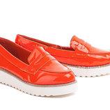Женские Лоферы туфли слипоны на толстой белой тракторной подошве оранж