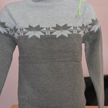 Детский очень хорошего качества свитер гольф на мальчика серого цвета