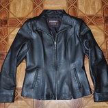 Кожаная куртка-пиджак на молнии