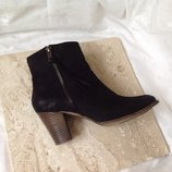 36,5- 37 р. италия. шикарные фирменные кожаные ботинки venturini