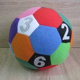 Детская развивающая игрушка Мяч с цифрами ручной работы