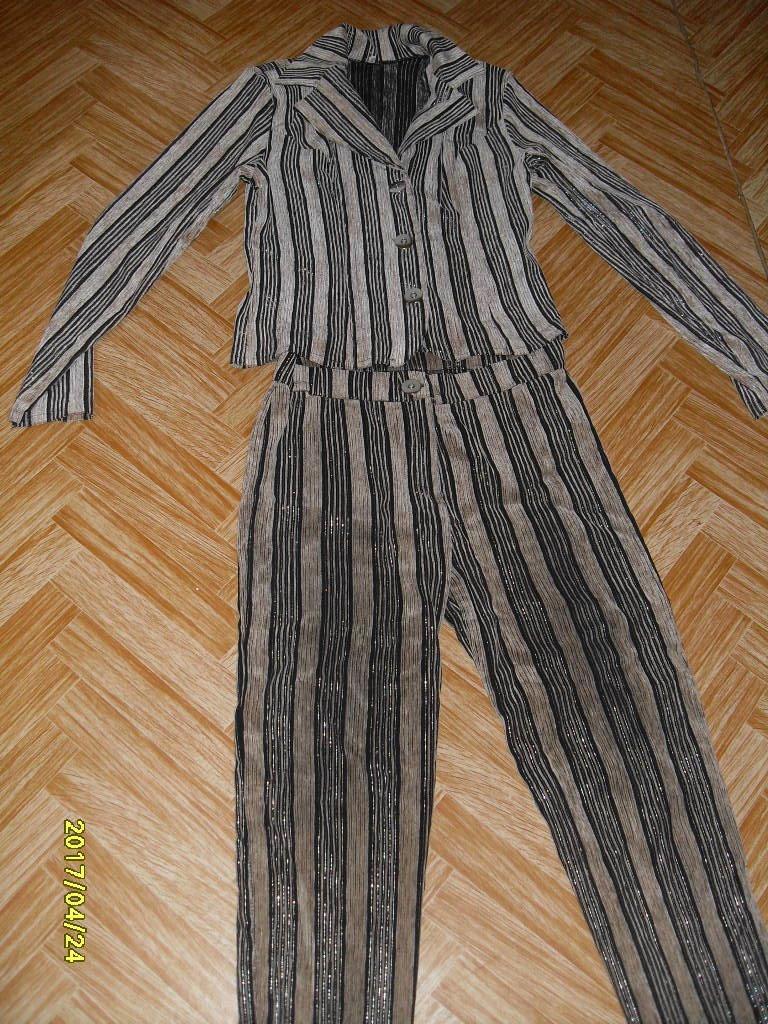 Костюм брюки и пиджак женский