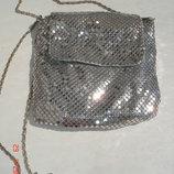 Сумочка чешуя серебрянная Debenhams