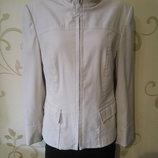 Классная куртка ветровка пиджак. Размер12-14.