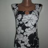 Стильный топ черно-белый с цветочным принтом