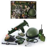 Военный набор 33570 каска, бинокль, маска химзащиты, автомат, граната