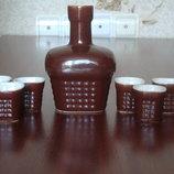 Продам набор, глиняный графин и 6 стаканчиков.