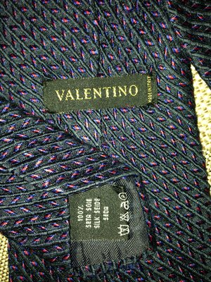 Valentino, Италия, оригинал, брендовый шикарный галстук из натурального шелка