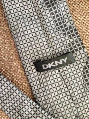 DKNY, Италия, оригинал, брендовый элегантный стильный галстук из натурального шелка