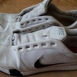 Кожаные кроссовки Nike оригинал р.40-25см.