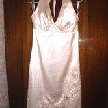 Платье Bastet Польша вечернее, выпускное атласное цвет пудры р.42 укр.