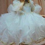 продам платье на 1-2 годика