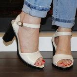 Женские босоножки на каблуке. Натуральная кожа