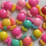 Кабошоны пластиковые серединки в ассортименте Бантики, бабочки, фрукты, сладости