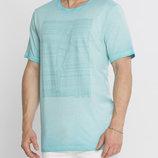 Мужская футболка LC Waikiki ярко-голубого цвета с рисунком на груди