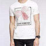 Мужская футболка LC Waikiki ярко-белого цвета с рисунком и надписью на груди Love forever