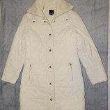 Женский теплый пуховик-пальто Esprit бежевого цвета. Размер 36-38.