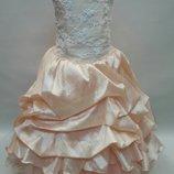 Продам шикарное платье с подборами