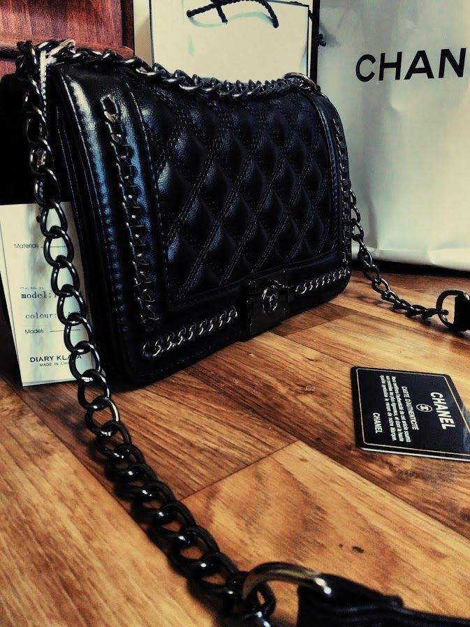 Клатч Шанель: купить клатчи Шанель Chanel на цепочке в