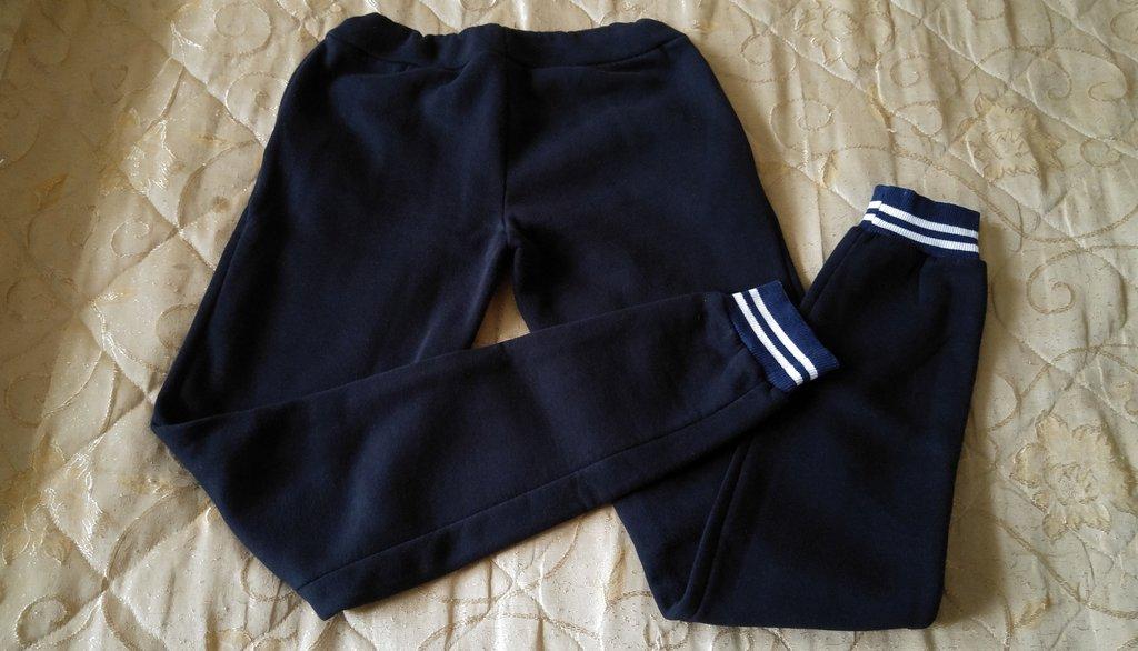 Женские спортивные костюмы с черновцов