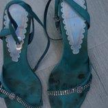 Стильные женские босоножки камни Clarks