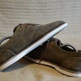 Легкие фирменные туфли из фактурной замши цвета хаки Clarks Англия 8.