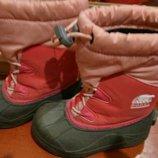 Зимние ботинки-сноубутсы фирмы Sorel