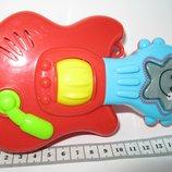 первая гитара муз.погремушка малыша