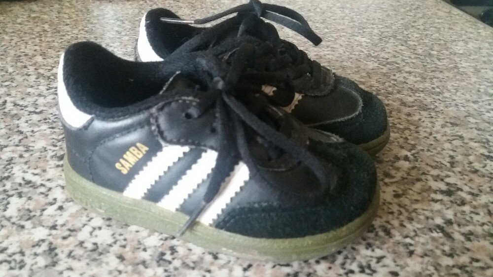 Кросовки. Кросівки  150 грн - спортивная обувь adidas в Тернополе ... 63fe95cb0f11a