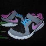 Кроссовки Nike 29,5р,ст 19см.Мега выбор обуви и одежды
