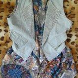 Джинсовый жилет со стразами комбинированный шифоновой блузой.обманка s/m