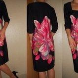 Платье черное с цветком 10-12 р.