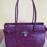 Стильная женская сумка из 100% кожи