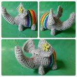 Мягкая вязаная игрушка слон