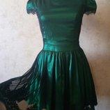 Шикарное изумрудное платье