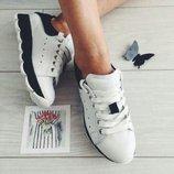 Шикарные кроссовки из натуральной кожи