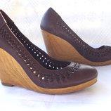 Туфли оригинал,брендовые на 38 размер