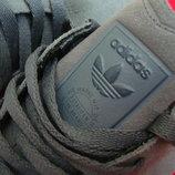Кроссовки Adidas оригинал натур замша 43 размер