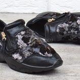 Кроссовки женские дышащие черные с пайетками на молнии Rich style