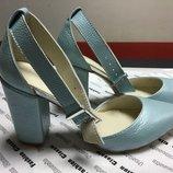 Туфли лодочки натуральная кожа полуоткрытые деленки с ремешками р.35-41 бирюза синий пудра белый