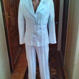Нарядный костюм р.44-46