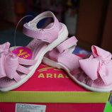 Босоножки для девочки, розовый цвет, новые, 25,34 размер